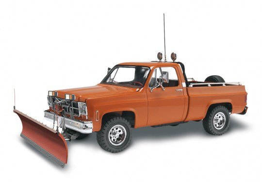 GMC Pickup w/ Snow Plow