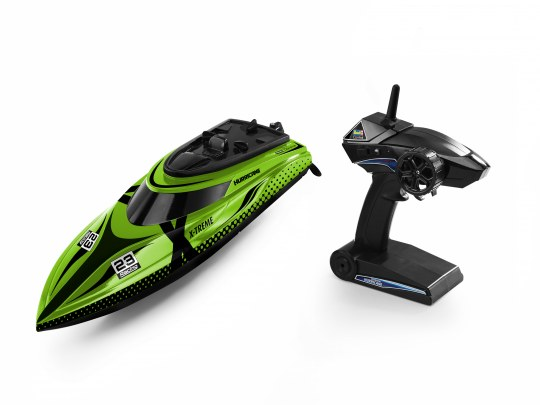 """X-treme Boat """"Hurricane"""""""