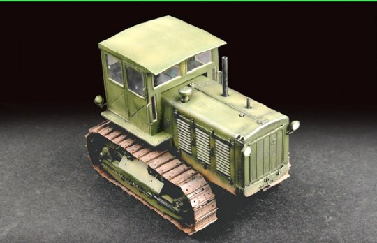 Trumpeter - Russian ChTZ S-65 Tractor with Cab