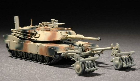 Trumpeter - M1A1 with Mine Roller Set
