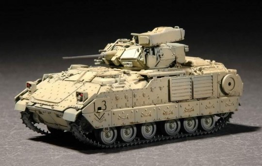 Trumpeter - M2A2 ODS/ODS-E Bradley Fighting Vehicle