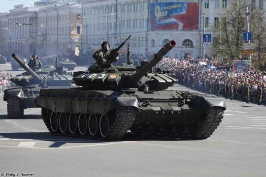 Trumpeter - Russian T-72B3 MBT