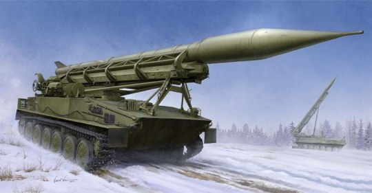 Trumpeter - 2P16 Launcher with Missile of 2k6 Luna (FROG-5)