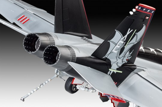 Revell 1:32 04994 F//A-18E Super Hornet Model Aircraft Kit