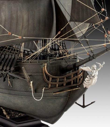 Revell 05699 Bausatz Piratenschiff Black Pearl 1:72