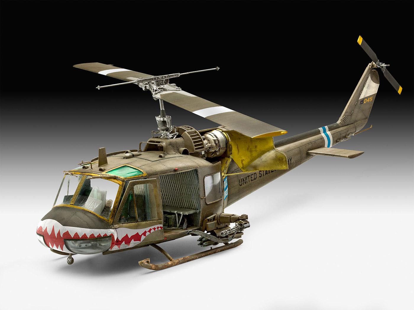 revell 1 35  Revell   Bell UH-1C
