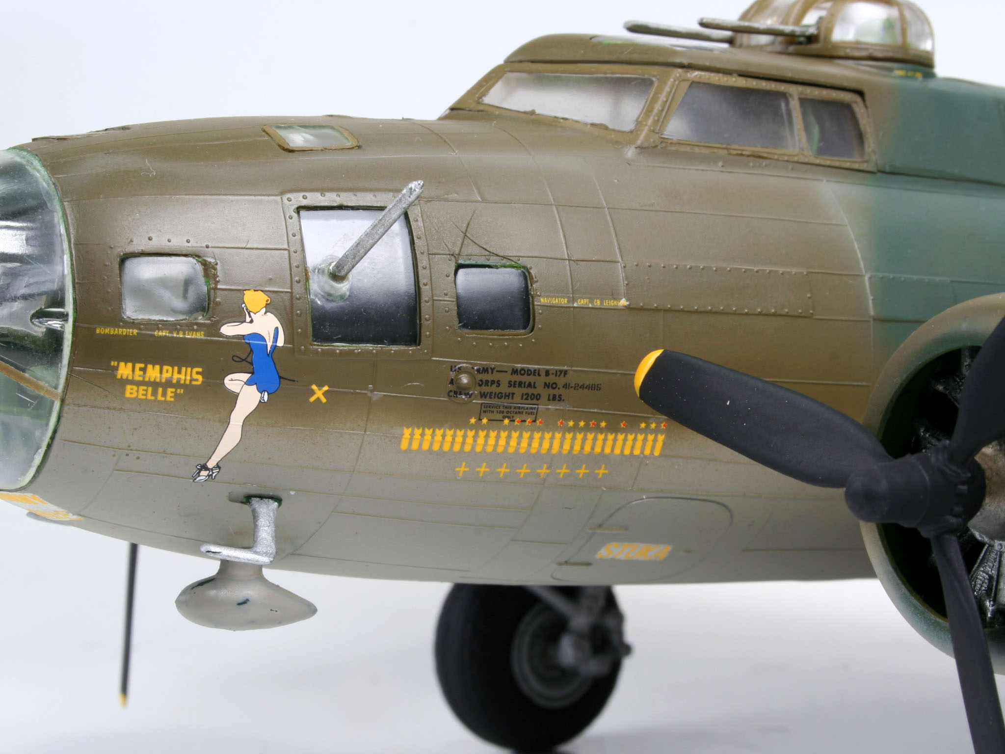 spare parts for rc helicopter with B 17f Memphis Belle Revell on Eurofighter Typhoon likewise Cirrus Sr22 further Ignition CDI for DLA 56cc Engine Part Number 56 6 in addition Dji Mavic Air Foldable Gps Drone Fly More  bo Rtf additionally B 17F Memphis Belle Revell.